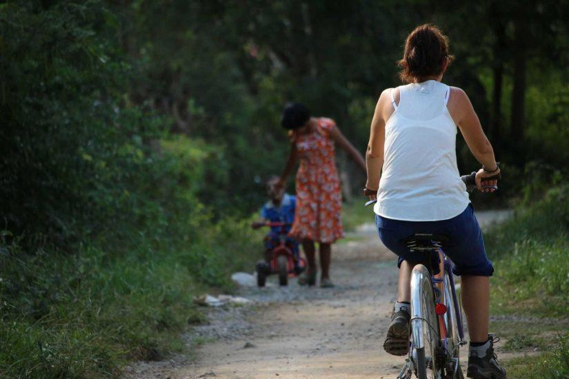 Lac Inle Nyaung Shwe village 01