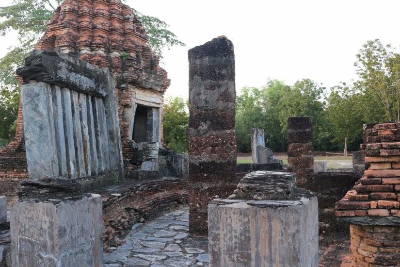 Wat-Chetuphon ruins