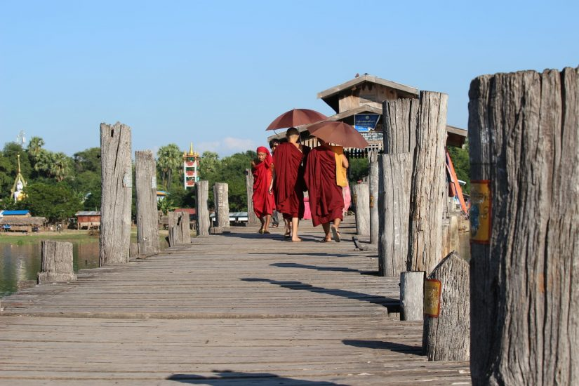 Ubein Bridge monks