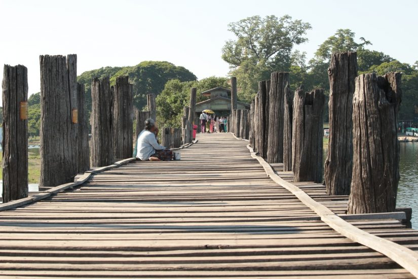 Ubein Bridge pont en teck