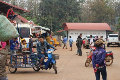 Paksé to Si Phan Don bus