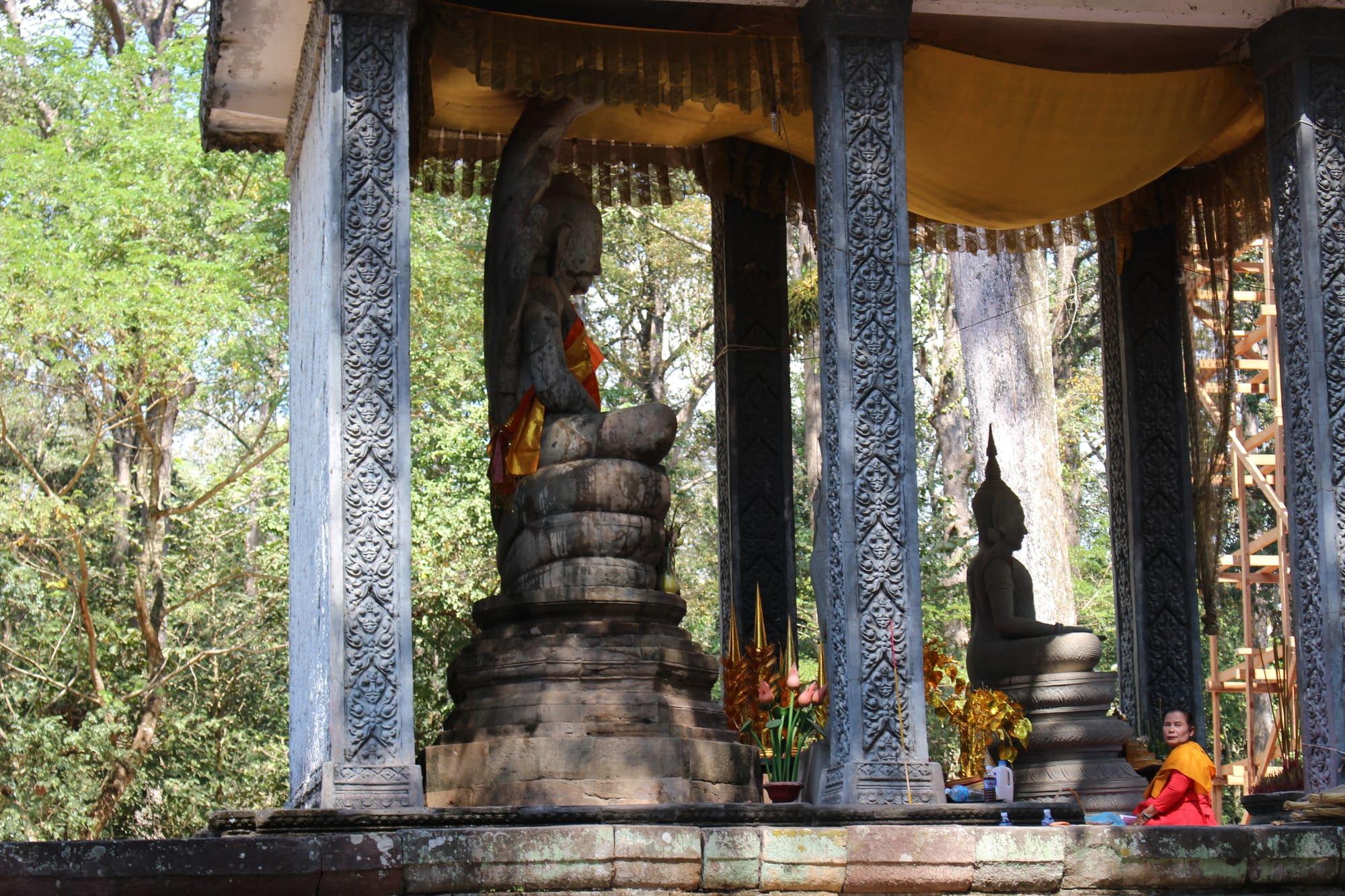Prasat Suor Prat Khleangs