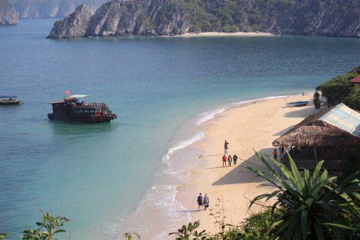 Baie d'Halong Voyager au Vietnam