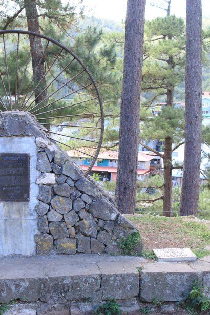 Sagada echo valley road