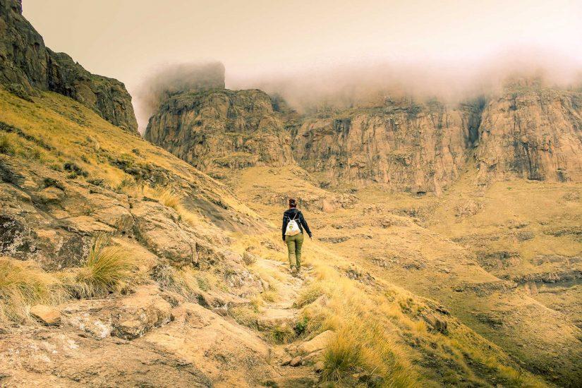 Drakensberg tugela cathedral peak amphitheatre 15