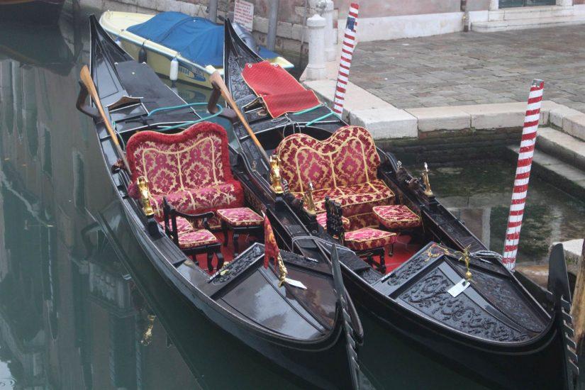 Venise gondoles