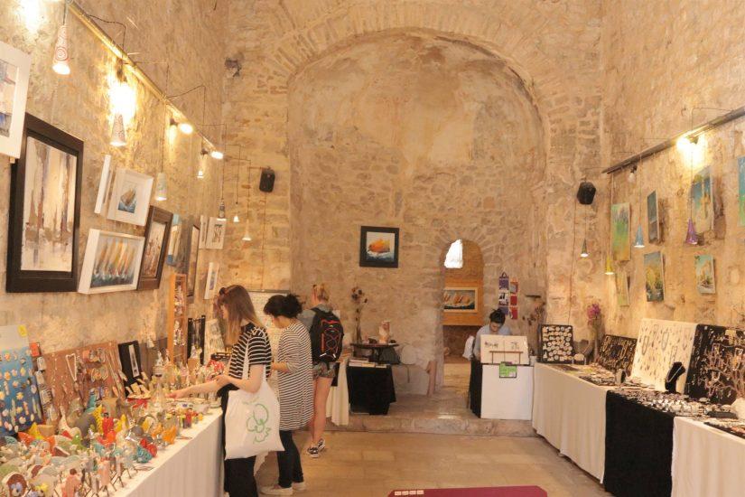 galerija Izlozba Keramike