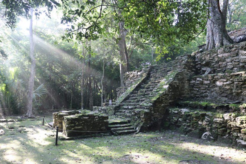 Muyil Les pyramides mayas du Mexique
