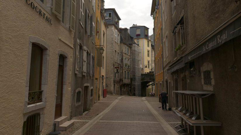 Pau - Rue de Sully