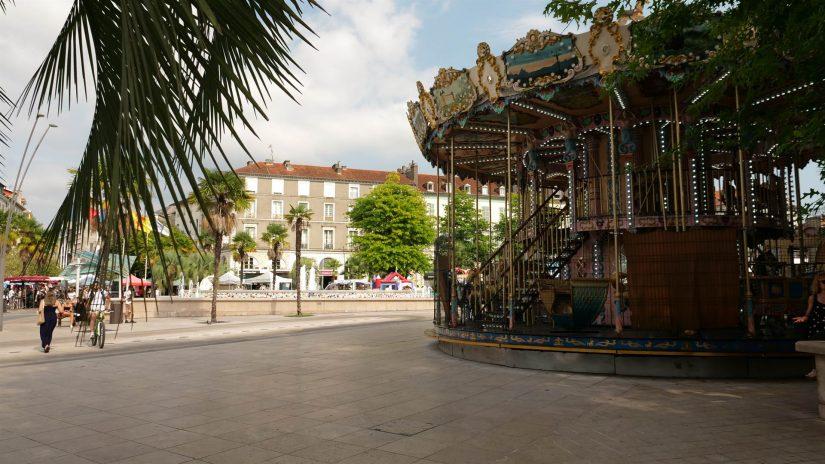 Pau - Place Clémenceau